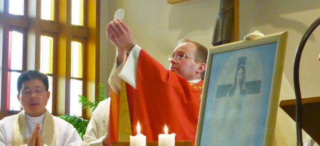 聖変化の時のナイル神父様